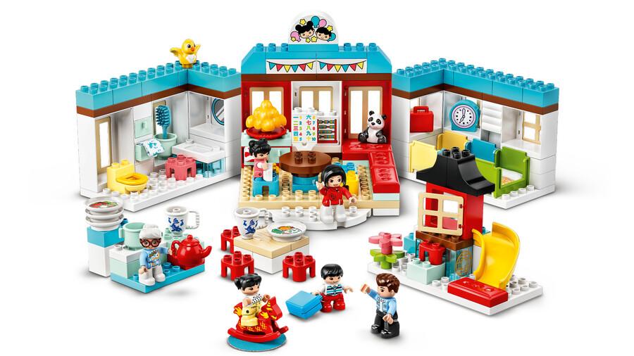 10943 LEGO DUPLO Town Mutlu Çocukluk Anıları