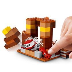 21167 LEGO Minecraft Ticaret Noktası - Thumbnail