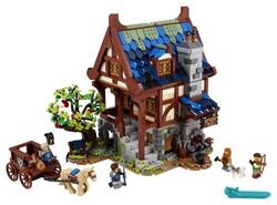 LEGO - 21325 LEGO Ideas Orta Çağ Demircisi