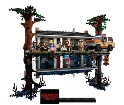 LEGO - 75810 The Upside Down (Stranger Things)