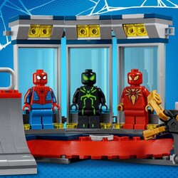 76175 LEGO Marvel Örümcek Yuvasına Saldırı - Thumbnail
