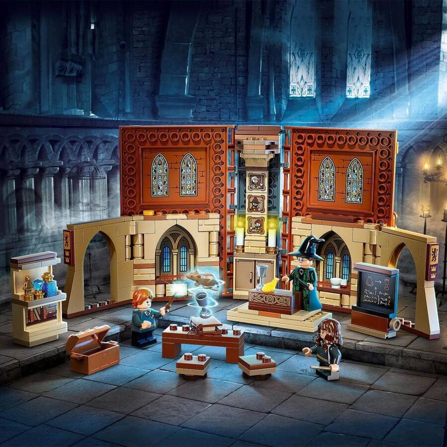 76382 LEGO Harry Potter Hogwarts™ Anısı: Biçim Değiştirme Dersi