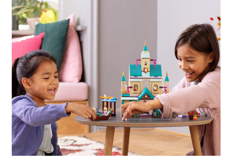 41167 LEGO | Disney Princess Arendelle Şatosu Köyü