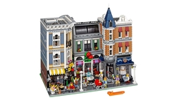LEGO - 10255 Assembly Square