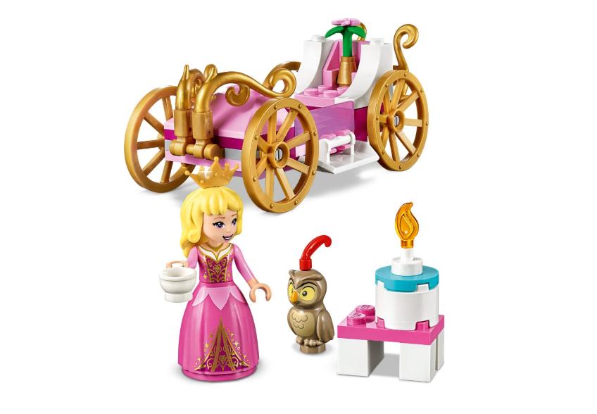 43173 Aurora'nın Kraliyet Arabası