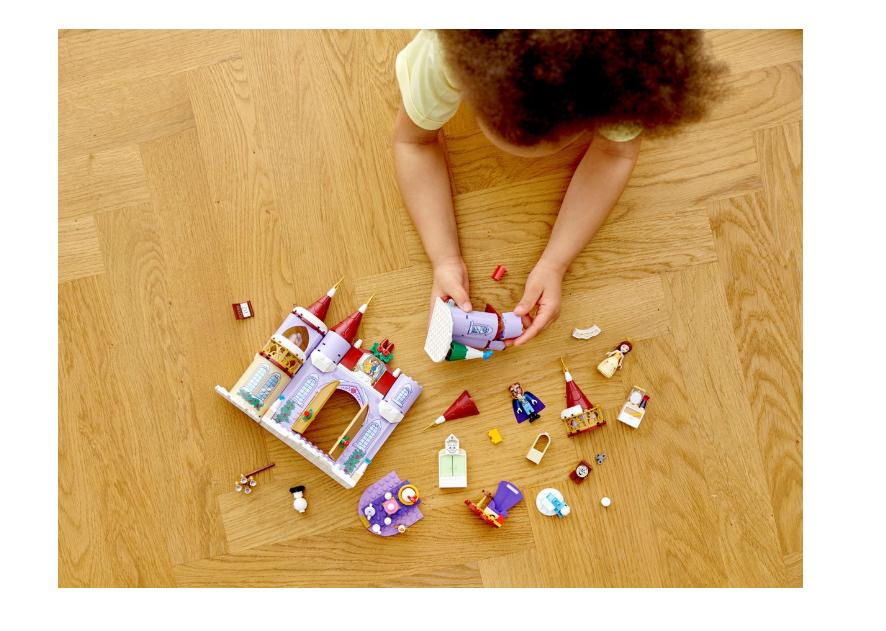 43180 LEGO Disney Princess Belle'in Şatosu Kış Kutlaması