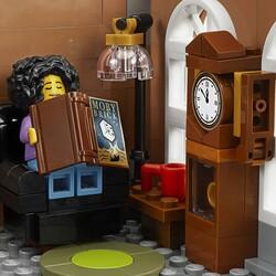 10270 LEGO Creator Kitapçı - Thumbnail