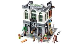 LEGO - 10251 Brick Bank V29