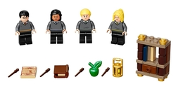 LEGO - 40419 Hogwarts™ Students Accessory Set