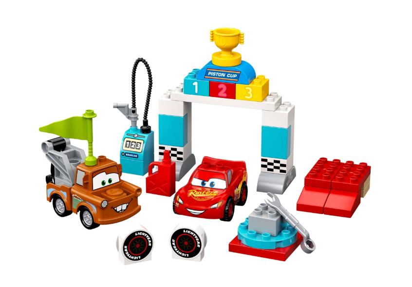 10924 LEGO DUPLO Cars Şimşek McQueen'in Yarış Günü