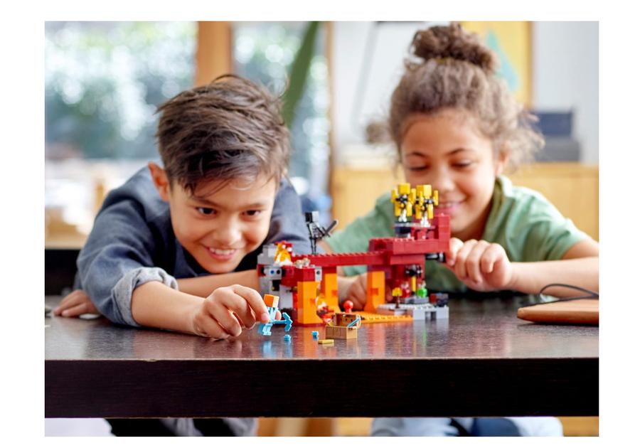21154 LEGO Minecraft Alaz Köprüsü